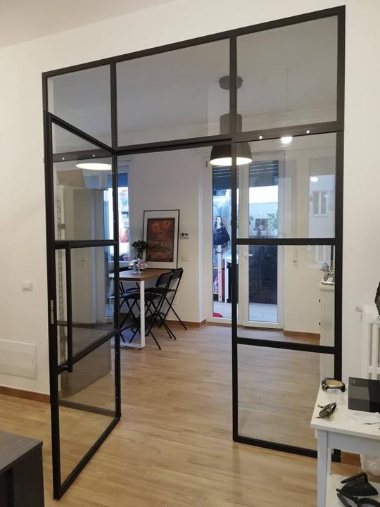 porta in vetro e ferro